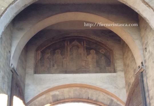 ローマ門のフレスコ画