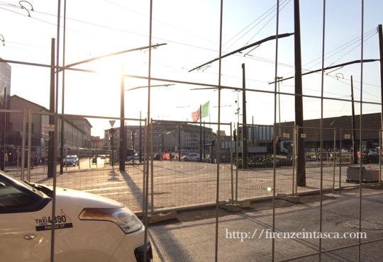 フィレンツェ駅前