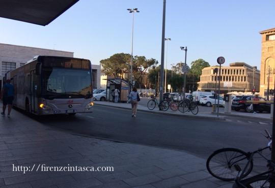 フィレンツェ駅前バス