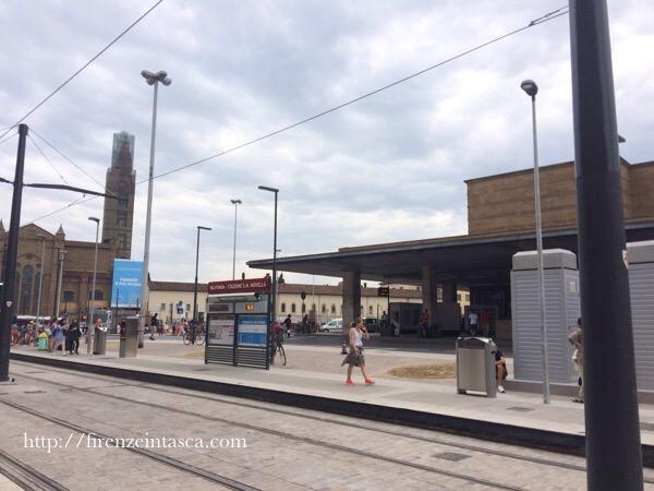 フィレンツェのトラム停留所