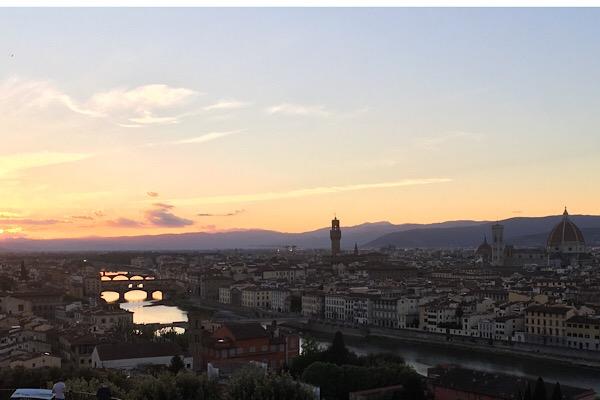 夕暮れのフィレンツェ