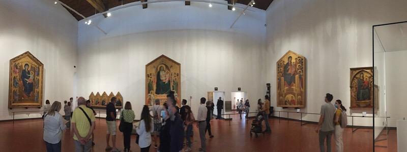 ウフィツィ美術館ジョットの荘厳の聖母