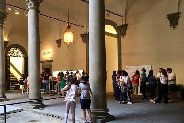 ストロッツィ宮の展示会