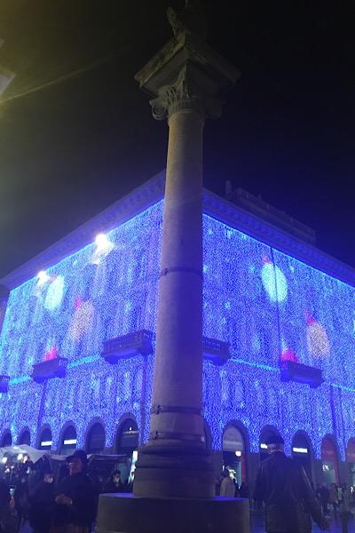共和国広場「リナシェンテ」