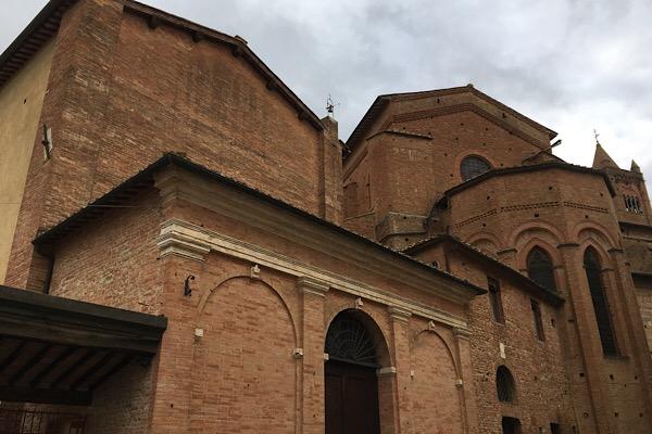 サンタ・マリア・デイ・セルヴィ教会