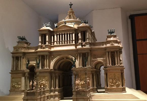 寄贈品の建築模型