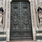 フィレンツェの大聖堂のメインゲート